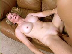 MILF Ashley Pink Cunt Probing